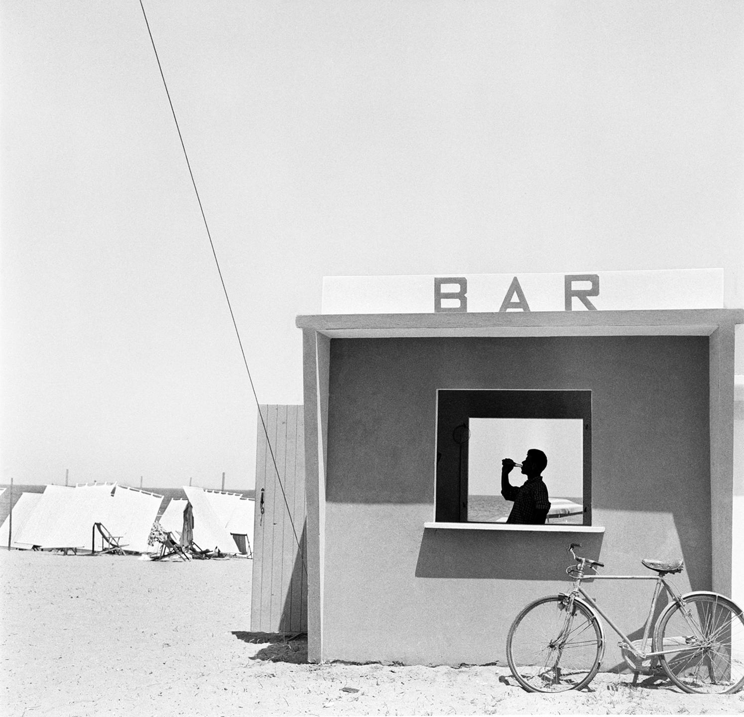 ©-Piergiorgio-Branzi-Adriatico-1957