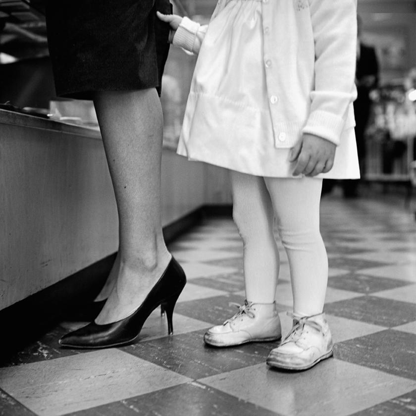 © Vivian Maier/Maloof Collection, Courtesy Howard Greenberg Gallery, New York.Vivian Maier - Senza titolo, 1962.