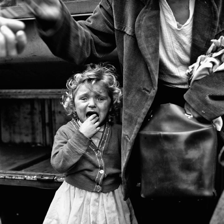 Vivian Maier - Senza titolo, senza data.© Vivian Maier/Maloof Collection, Courtesy Howard Greenberg Gallery, New York.