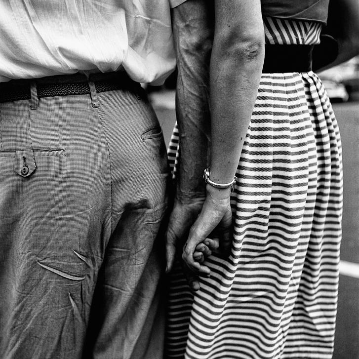 Vivia Maier - New York, 1954.© Vivian Maier/Maloof Collection, Courtesy Howard Greenberg Gallery, New York.