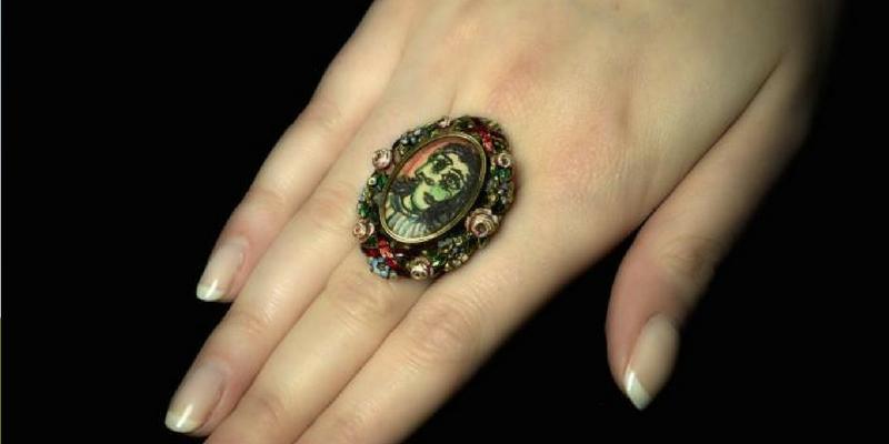 A Londra va all'asta l'anello che Picasso regalò alla sua musa Dora Maar