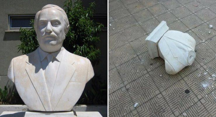 Palermo, staccati testa e busto a statua di Giovanni Falcone