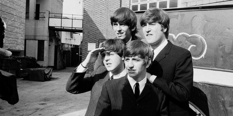 La vita e la carriera dei Beatles negli scatti di Astrid Kirchherr