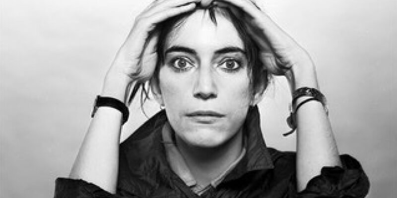 L'espressività di Patti Smith negli scatti di Gijsbert Hanekroot