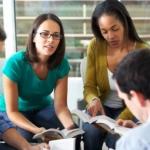 Scuola, ripetizioni per gli studenti per gli esami di riparazione