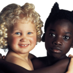 OLIVIERO TOSCANI. Immaginare | Oliviero Toscani, Angelo e Diavolo, United Colors of Benetton, 1992 © Studio Toscani