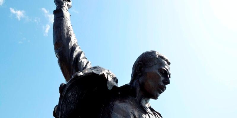 """Perché """"Love of my life"""" di Freddie Mercury può considerarsi poesia"""