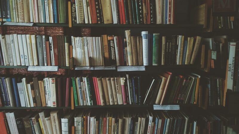 Come organizzare la propria libreria: ecco a voi alcuni consigli