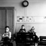 Robert Doisneau. Pescatore d'immagini | Robert Doisneau, Escolar castigado, 1956 @ Atelier Robert Doisneau