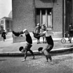 Robert Doisneau. Pescatore d'immagini | Robert Doisneau, Los hermanos, 1934 @ Atelier Robert Doisneau