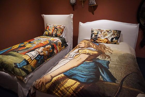 Parure-letto-Alice-in-Wonderland