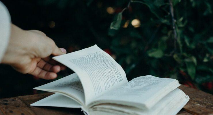 Le più strane abitudini degli amanti dei libri