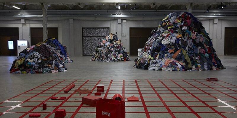 A Milano la mostra collettiva che rompe le regole