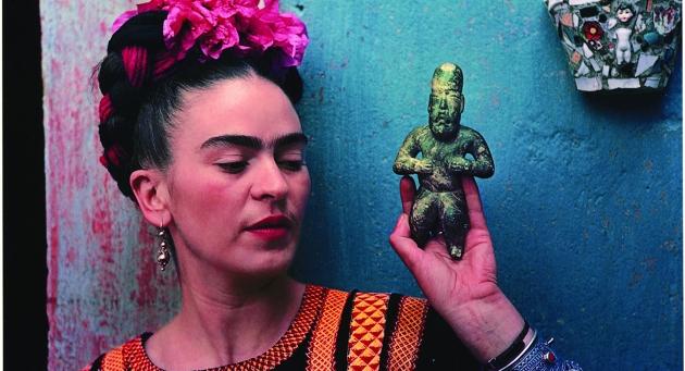 """""""Frida Kahlo. Oltre il mito delinea una nuova chiave di lettura attorno alla figura dell'artista grazie registrazione di inediti e sorprendenti materiali d'archivio"""