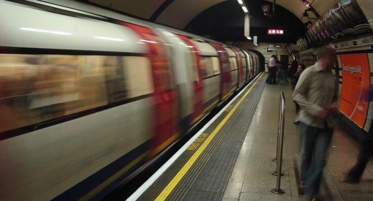 Censurati i dipinti di Schiele nella metropolitana di Londra