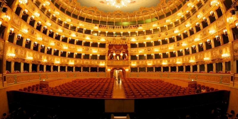 Andrea Chénier per la Prima della Scala a Milano
