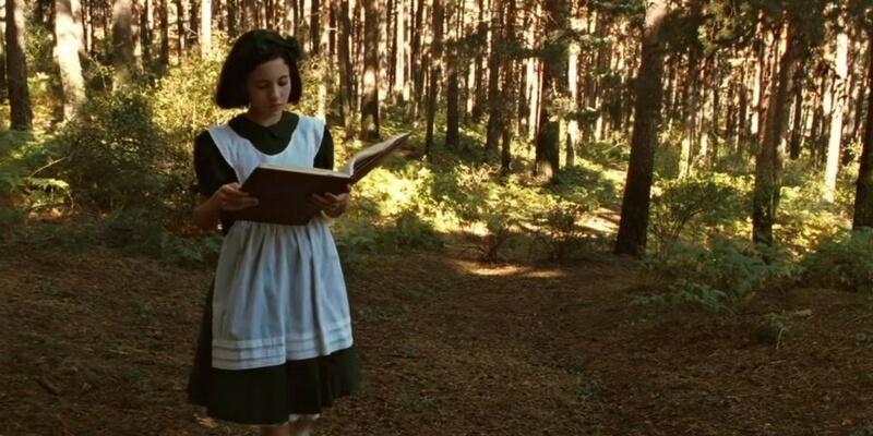 Il video che mostra i libri apparsi nei film