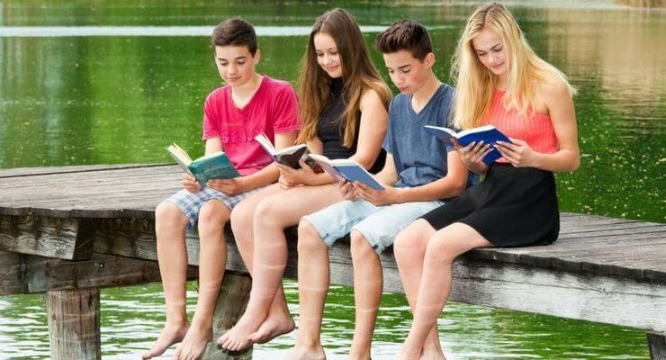 I migliori consigli di lettura per un adolescente
