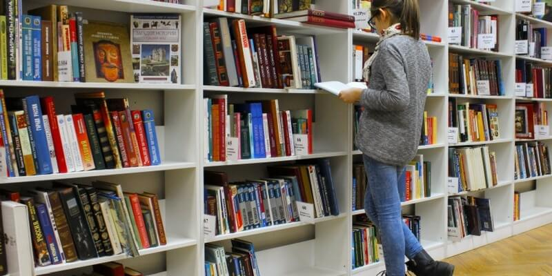 """""""Read more"""", incentivare la pratica della lettura quotidiana nei ragazzi"""