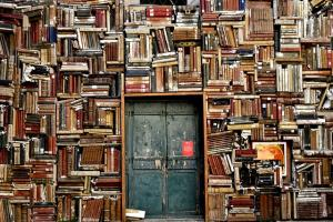 books 1655783 640