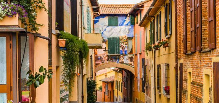 Alla scoperta dei borghi dipinti più belli d'Italia