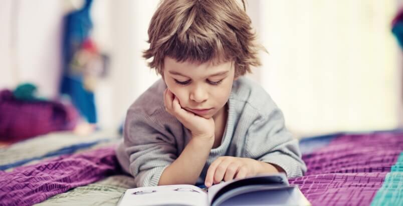 Come aiutare i bambini a superare le prime difficoltà con la lettura