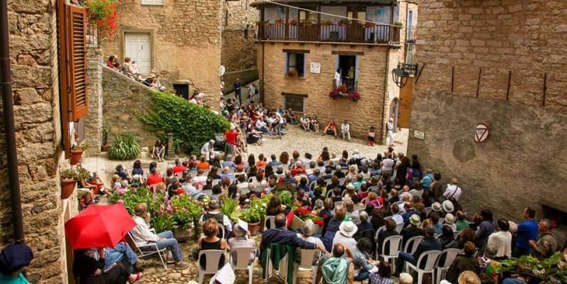 """""""L'isola delle storie"""", un festival letterario nel cuore della Sardegna"""