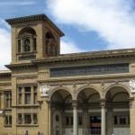 Il maltempo degli scorsi giorni ha gravemente danneggiato la biblioteca nazionale di Firenze, bagnando diversi libri e volumi