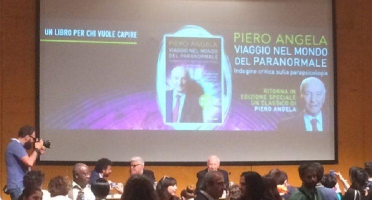 Piero Angela, maestro della divulgazione, al Salone del Libro