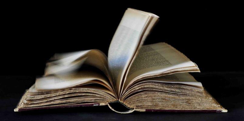 """""""Come un libro aperto"""", a Milano la mostra fotografica che celebra la lettura"""