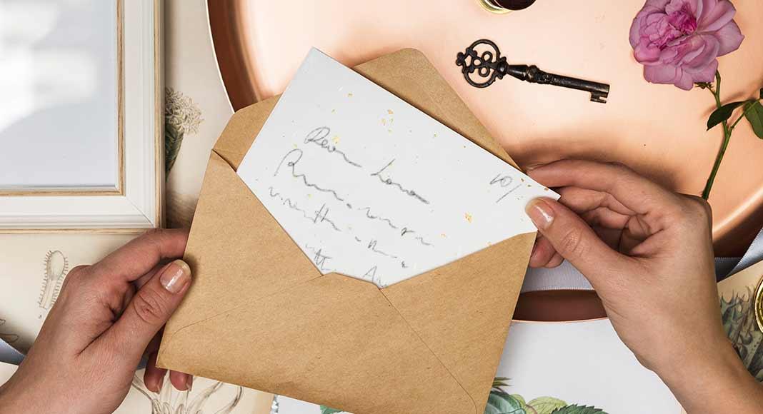 """La lettera d'amore che Pasternak scrisse a Olga, la """"sua"""" Lara"""