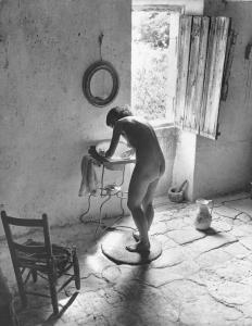 Willy Ronis Le Nu provençal Gordes 1949