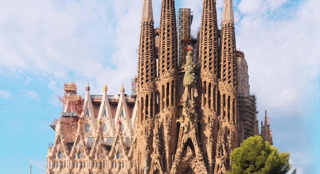 La Barcellona di Antoni Gaudì, l'architetto di Dio