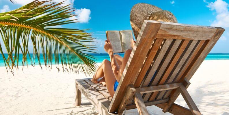 Estate, 10 romanzi d'amore da leggere in vacanza