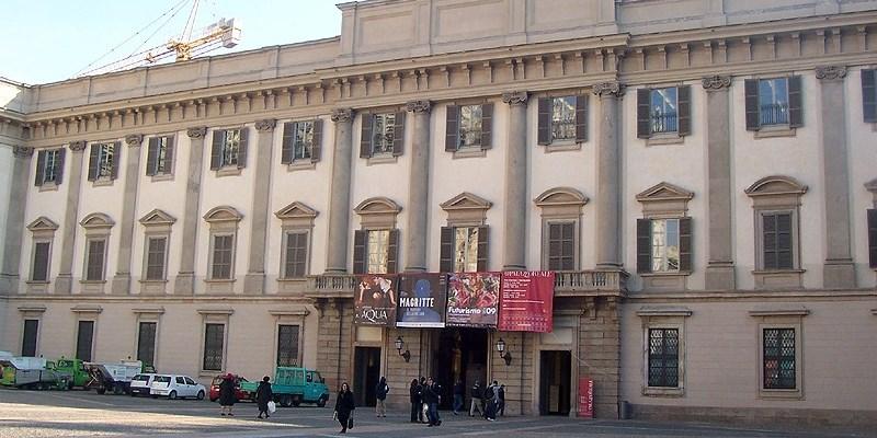 Incidente a Palazzo Reale, muore un 70enne