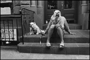 Elliott Erwitt/Magnum Photos. USA. New York City. 2000.