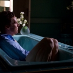 """Patrick Melrose"", su Sky la serie tv ispirata ai romanzi di Edward St Aubyn"