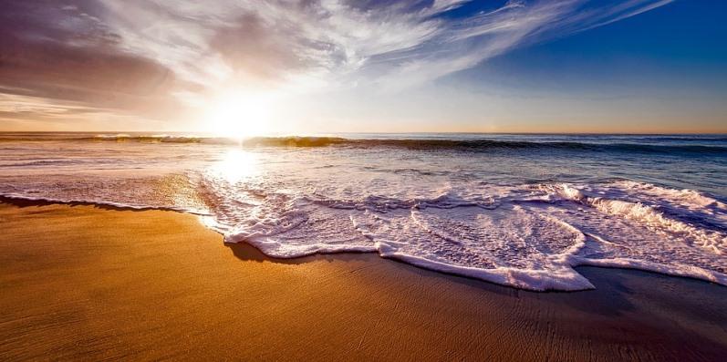 Di fronte al mare - Racconto di Rosina Gallo