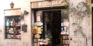 6 librerie internazionali da visitare a Roma