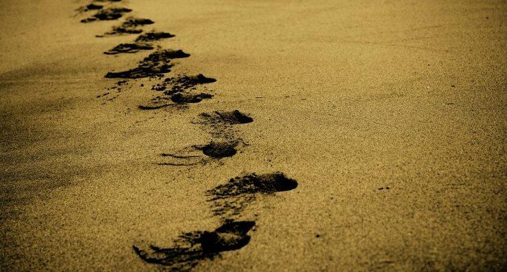Due granelli di sabbia – Racconto di Valentina Chiari