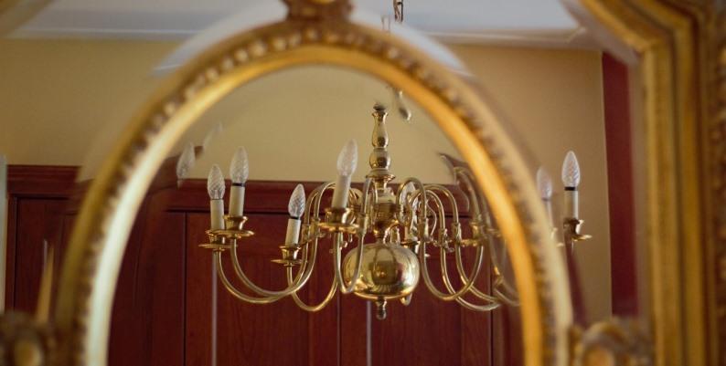 Lo specchio visionario - Racconto di Elena Del Corso