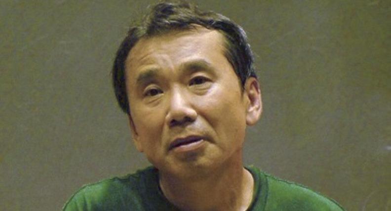 Murakami si improvvisa DJ alla radio giapponese