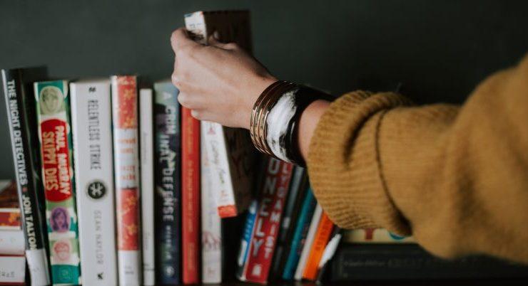 Classifica libri più venduti. La novità è The Outsider di Stephen King