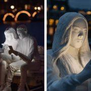 Absorbed by light: persi nella luce degli smartphone
