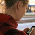 Gli smartphone stanno cambiando la nostra capacità di leggere