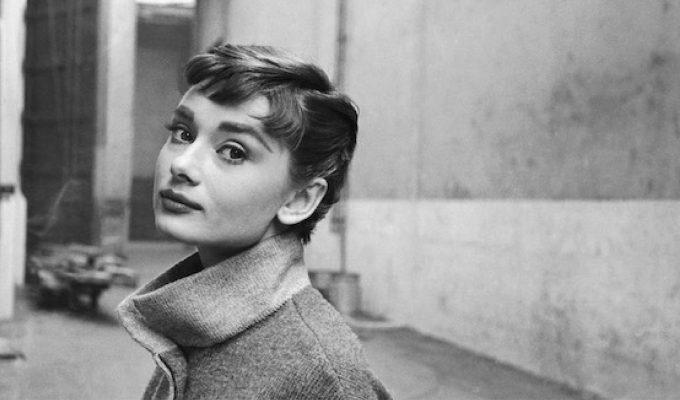 Chanel, Hepburn e Jakie Kennedy, lo stile senza tempo nelle foto di Mark Shaw