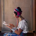 Steve McCurry. Leggere | Chiang Mai,Tailandia, 2012 © Steve McCurry