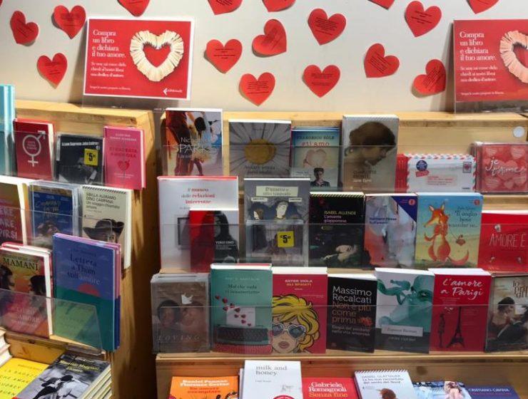 """A San Valentino gli scrittori diventano """"Cupido"""" in libreria"""
