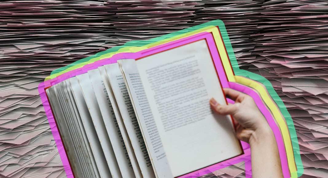 Bonus 1.000 euro a famiglia per i libri, la proposta di legge