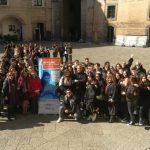 """""""Off line"""", gli studenti di Napoli contro il bullismo"""